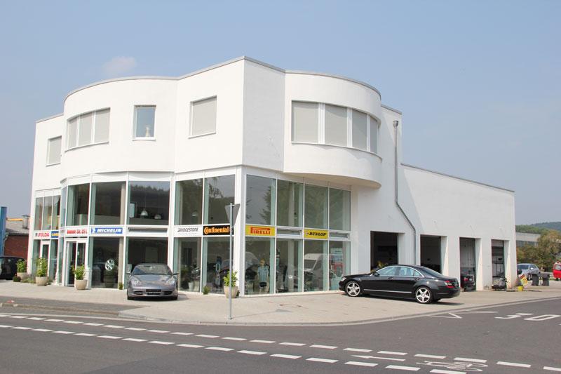 Architekt Troisdorf Peter Kröker Gewerbe Autohändler